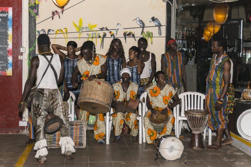 Muziek in hotel in Gambia stock foto