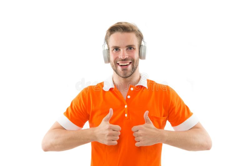 Muziek voor goede stemming Favoriete band Het genieten van van lied Audiospoor Mensen knappe ongeschoren hipster het luisteren mu stock foto's