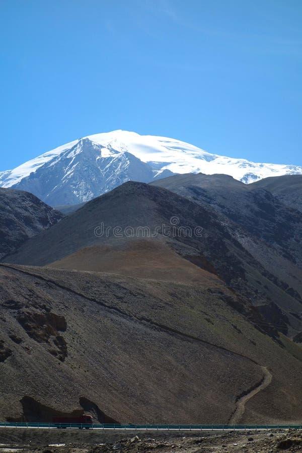 Muztagh Ata стоковые фото