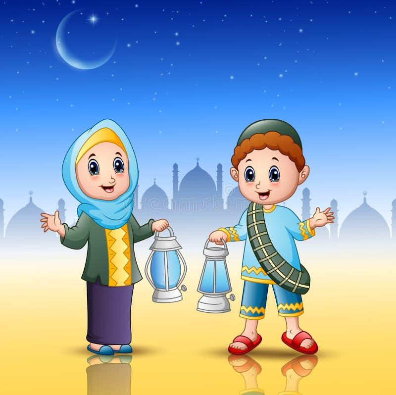 Muzułmański chłopiec i dziewczyny kreskówki mienia lampion royalty ilustracja