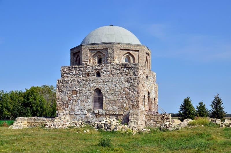 Muzułmański mauzoleum w Bolgar, Rosja fotografia stock