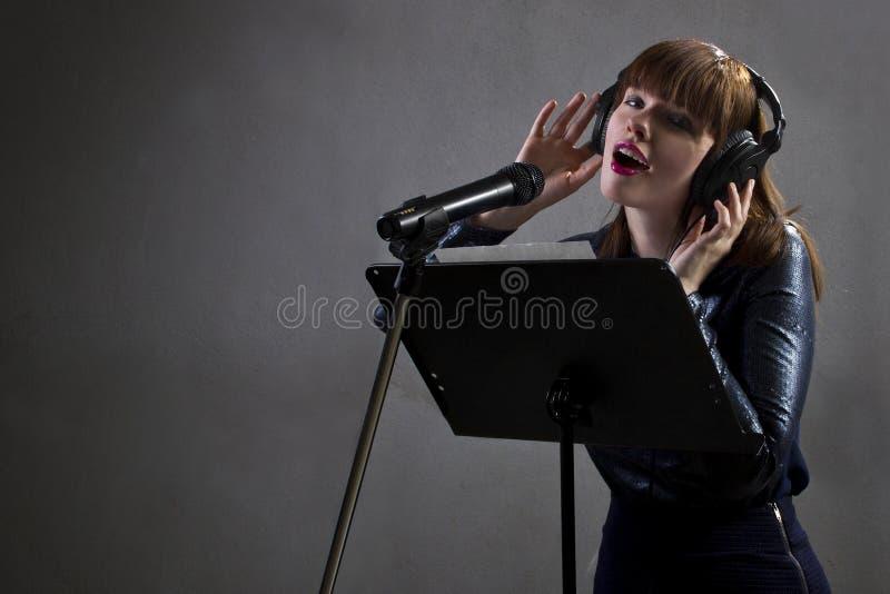 Muzyczny artysty śpiew obrazy royalty free