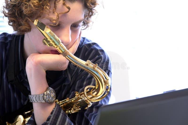muzyk nastolatków. obrazy stock