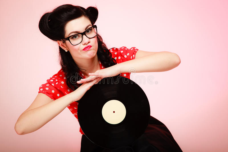 muzyka retro Pinup dziewczyna z winylowym rejestrem obrazy stock