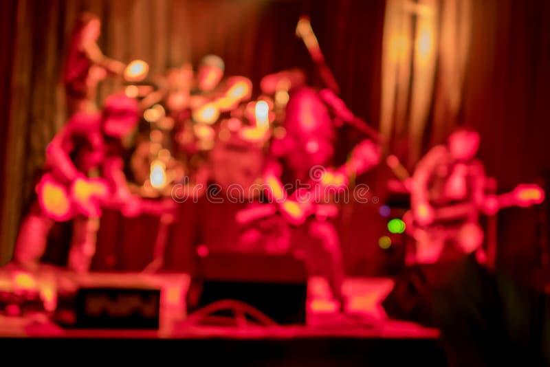 Muzykalna grupa na scenie fotografia stock