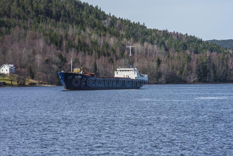 Mv Falknes de haven van aankomstbakke om grint te laden royalty-vrije stock afbeelding