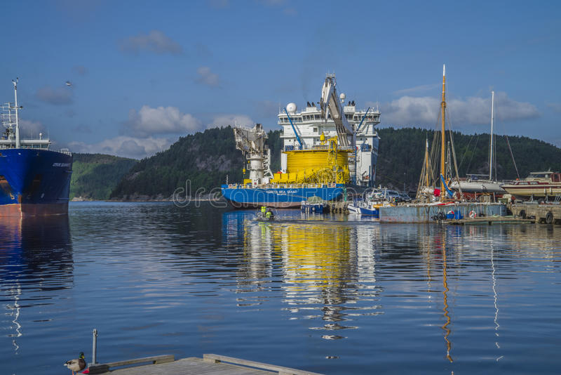 Download Mv North Sea Giant Moored To The Dock At The Port Of Halden, Nor Editorial Stock Image - Image: 31592649