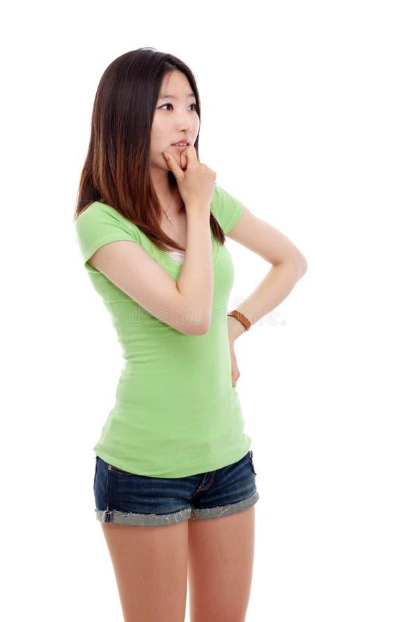 Myśląca młoda kobieta zdjęcie stock