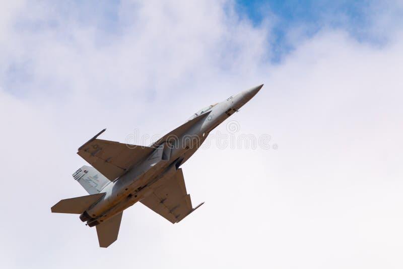 Myśliwiec w niebie obraz stock