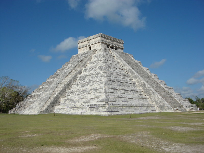 Download Myan pyramid stock photo. Image of pyramid, chichen, yucatan - 5557948