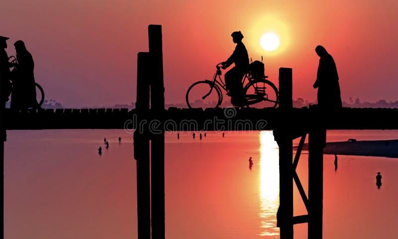 Myanmar, Amarapura, U Bein bridge; vector illustration