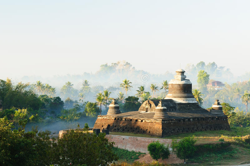 Myanmar (Burma), Mrauk U - Dukkanthein Paya stock photography