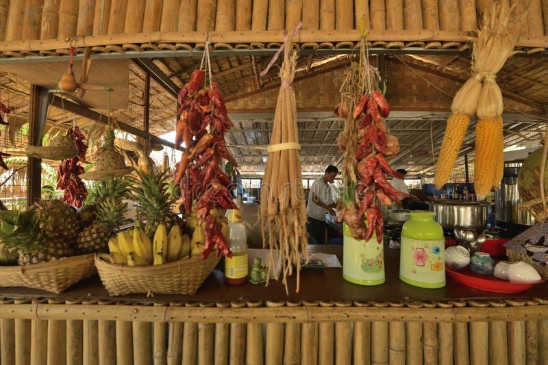 Myanmar de buitenkant van de stijlwinkel handcraft royalty-vrije stock afbeelding