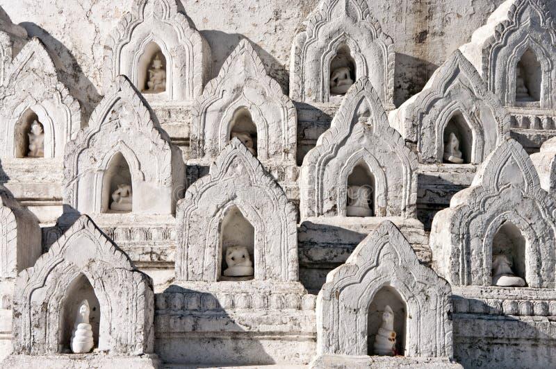 myanmar för hsinbyumemandalay mingun paya arkivbilder