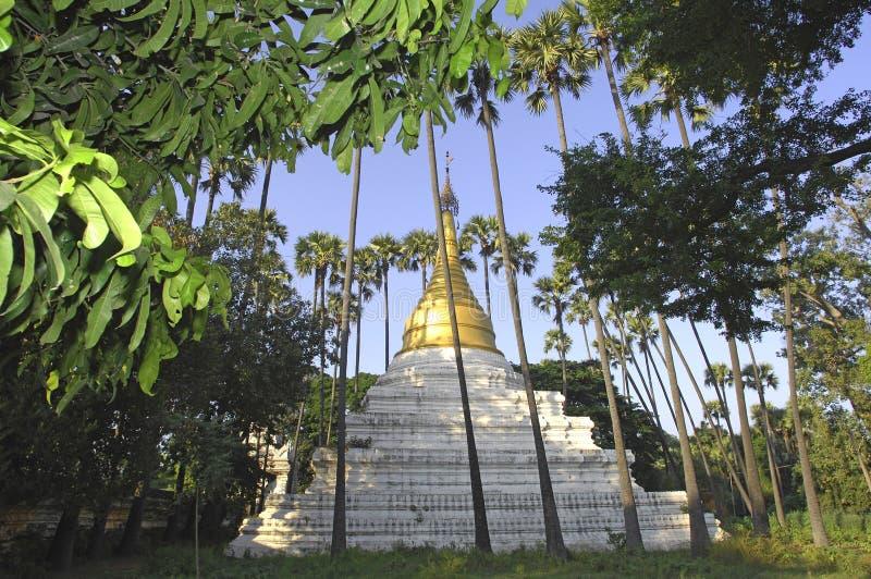 Myanmar, Mandalay: Pagoda imagem de stock