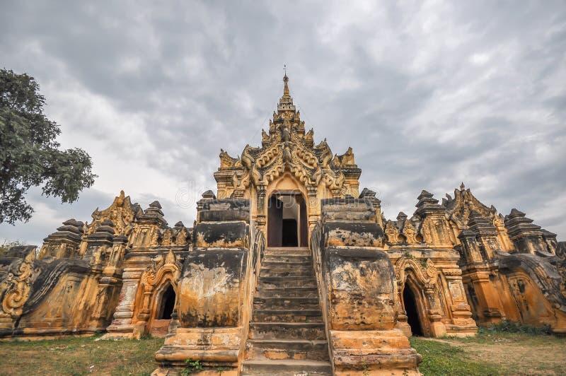 Myanmar tempel royaltyfri foto