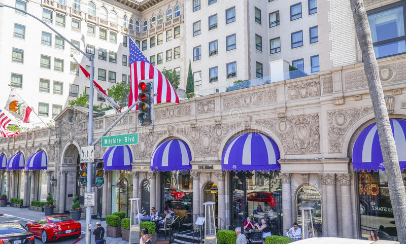 Mycket berömt och exklusivt hotell - Beverly Wilshire - LOS ANGELES - KALIFORNIEN - APRIL 20, 2017 arkivbilder