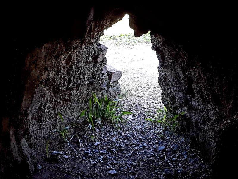 mycket gammal grotta arkivfoto