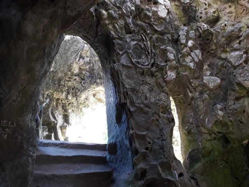 mycket gammal grotta royaltyfria bilder