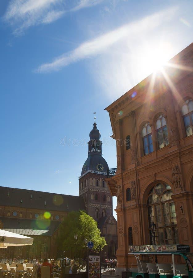 Mycket härlig gammal stad av Riga i Lettland arkivbilder
