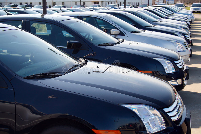 mycket nya bilbilar royaltyfria bilder