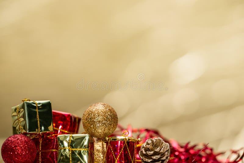 Mycket små leksaker för jul fotografering för bildbyråer