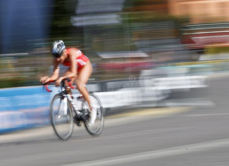 Mycket snabb cykel royaltyfri fotografi