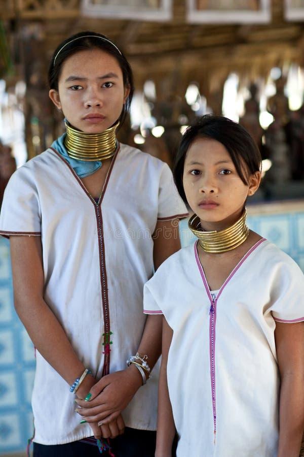 De stammeisjes van Padaung royalty-vrije stock fotografie