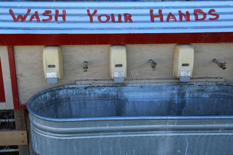 Myje twój ręki fotografia royalty free