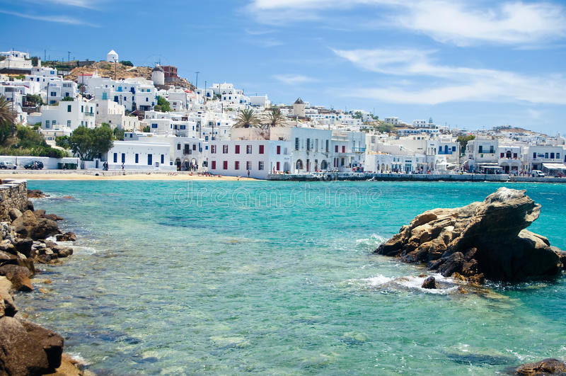 Mykonos durch Seaside lizenzfreies stockfoto