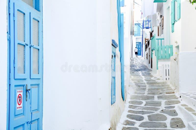 Mykonos gränd, Grekland fotografering för bildbyråer