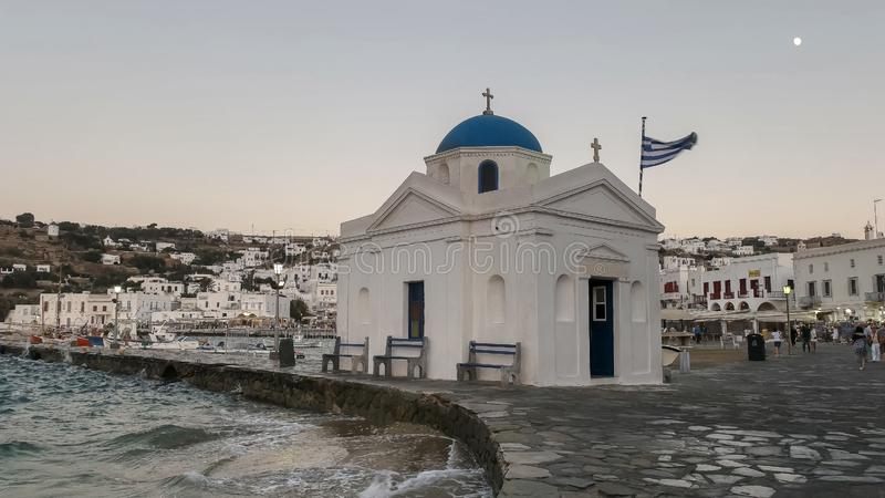 MYKONOS, GRIEKENLAND 13 SEPTEMBER, 2016: de kerk van agio'snikolakis in chora op het Griekse eiland van mykonos royalty-vrije stock fotografie