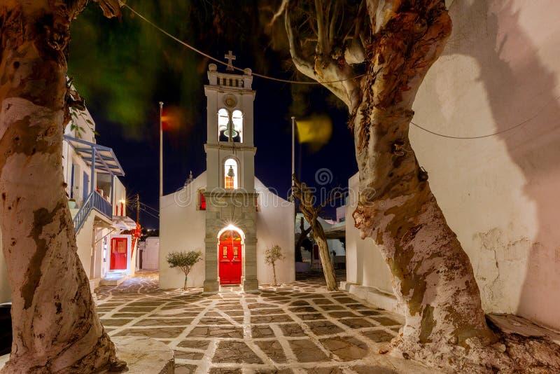 Mykonos Traditionelles Gebäude der griechischen Kirche lizenzfreie stockbilder