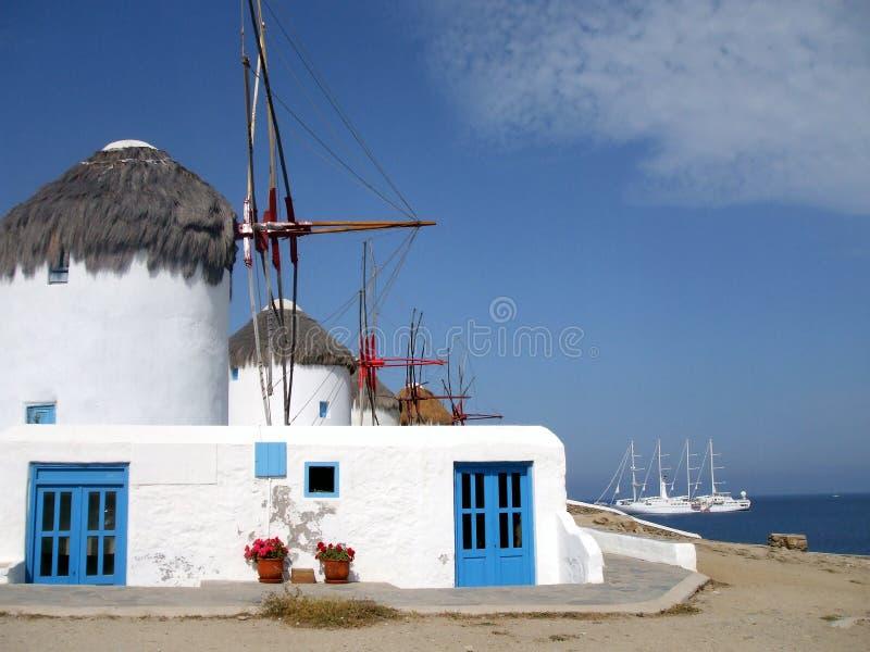 Mykonos Windmühlen stockbilder