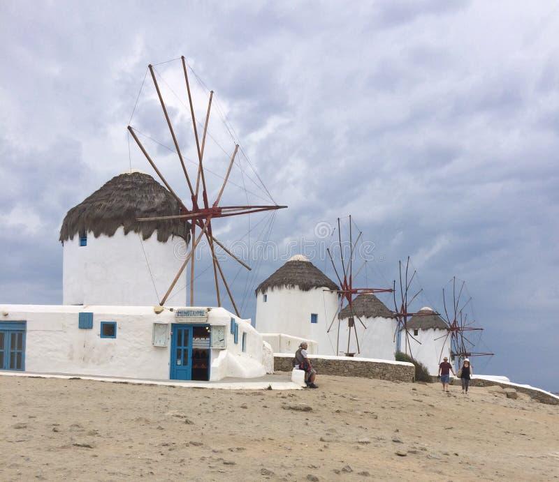 Mykonos Windmühlen lizenzfreie stockfotos