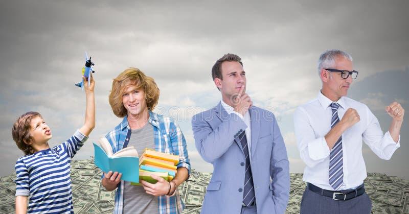 myndiga utvecklingar för män som växer upp med pengardollar och himmel arkivbild