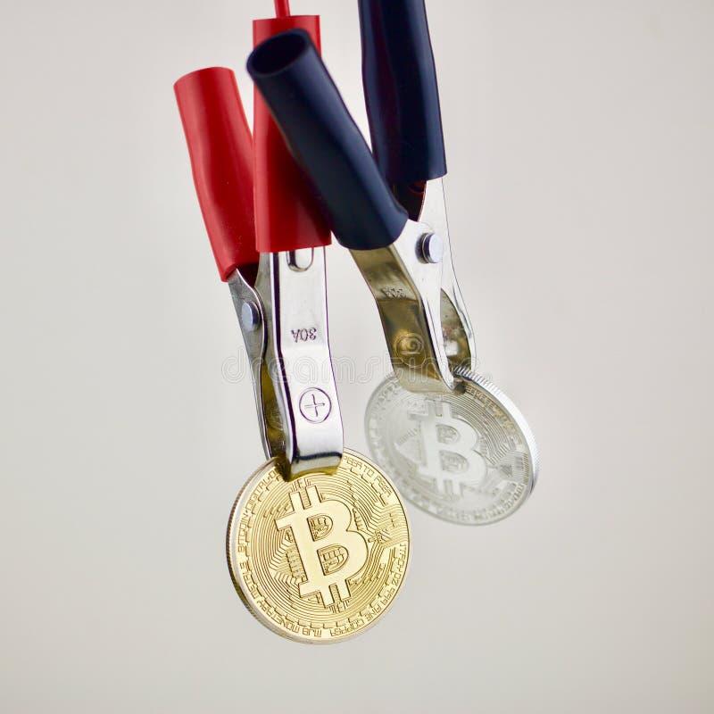 Mynt för guld- och silverbitcoincryptocurrency royaltyfria foton