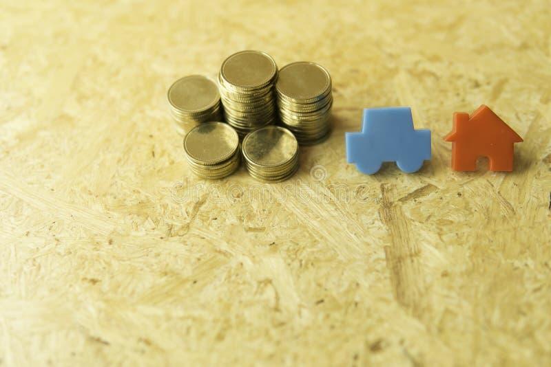 Mynt returnerar och begreppet för bilshow av pengar arkivbild