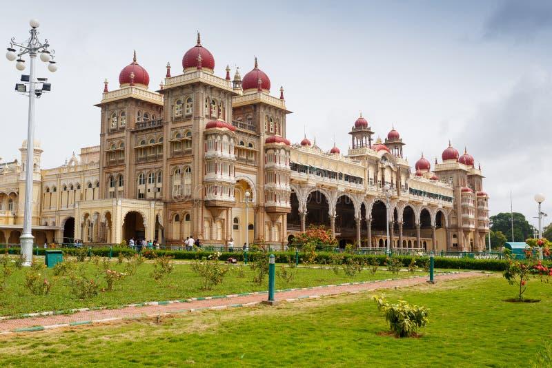 Mysore Indien - Juni 27, 2019: Mysore slott fotografering för bildbyråer
