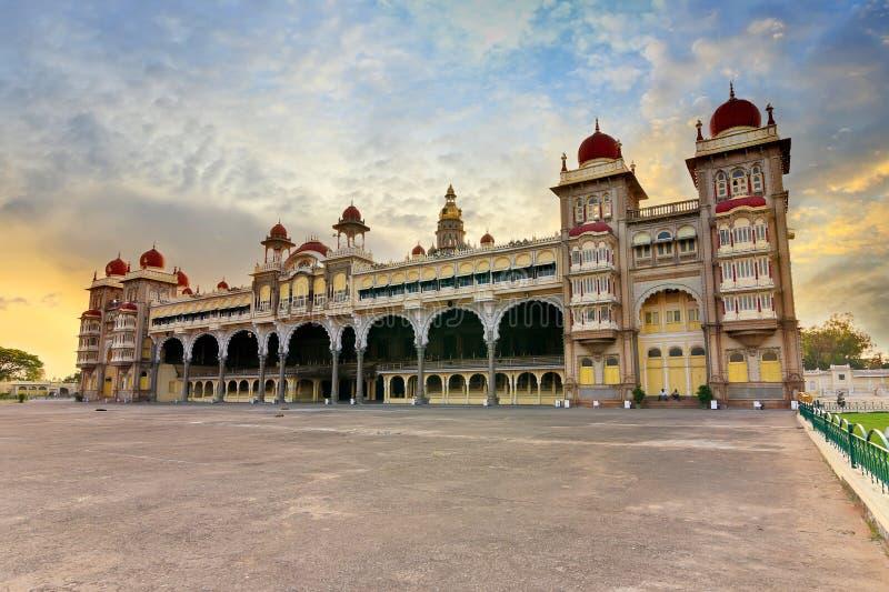 Mysore-Palast stockfotos