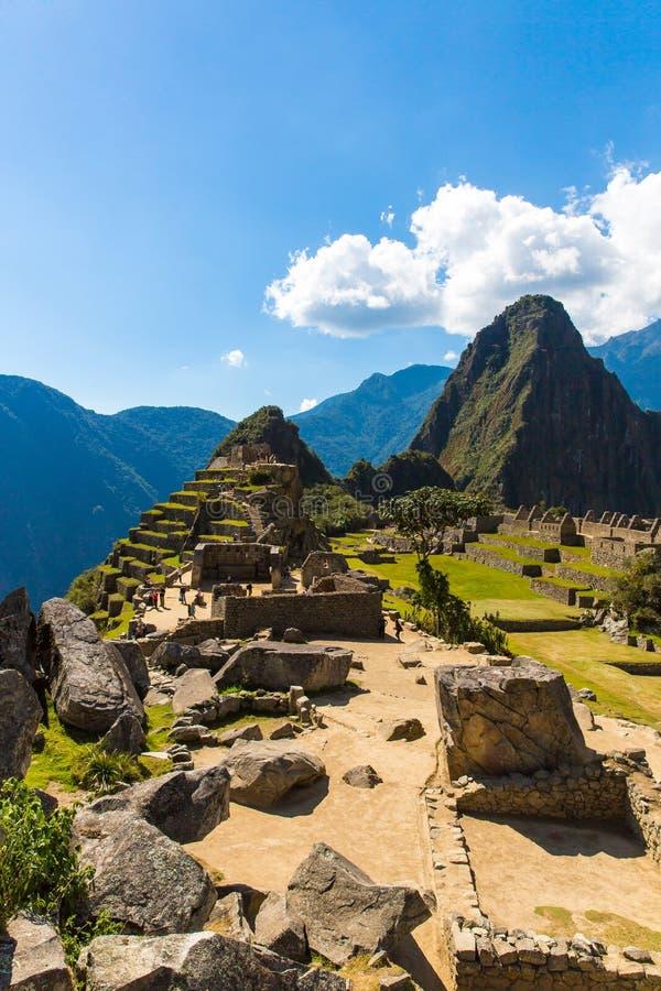 Mysteriöse Stadt - Machu Picchu, Peru, Südamerika. Die Inkaruinen und die Terrasse. lizenzfreie stockfotos