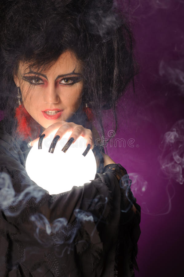 Free Mysterious Fashion Witch Stock Photo - 37654170