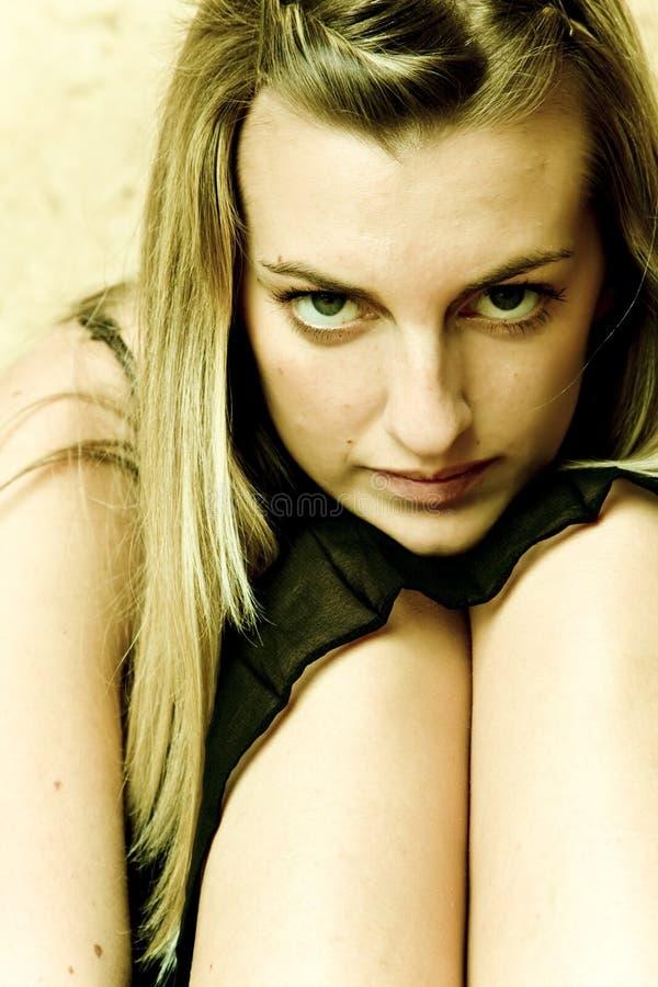 mysterious woman στοκ φωτογραφία με δικαίωμα ελεύθερης χρήσης