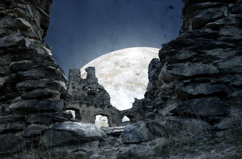 Mystische Ruine lizenzfreie stockbilder