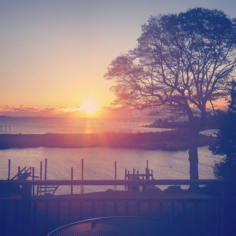 Mystischer Sonnenuntergang lizenzfreie stockfotos