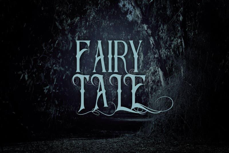 mystisk sagabakgrund av mörker och den spökade skogen med text royaltyfria foton