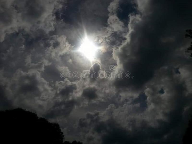 mystisk sky arkivfoton