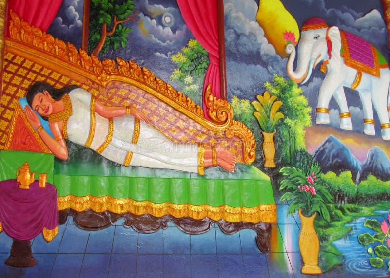 Mythologisch beeld op de muur van Aziatische tempel stock foto's