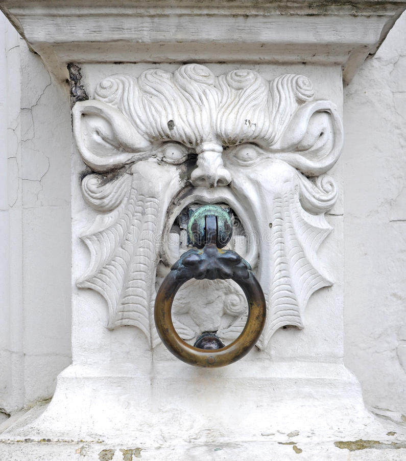 Mytiskt stenhuvud royaltyfri bild