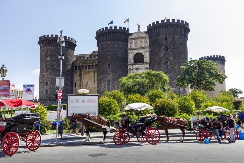 Nápoles 07 de septiembre de 2014 Angioino maschio imagenes de archivo